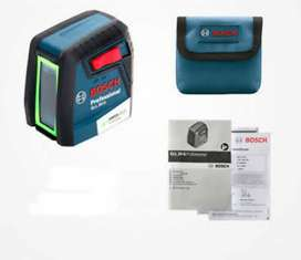 Bosch GLL 30 Self-Leveling Cross-Line Laser projects import from Germn