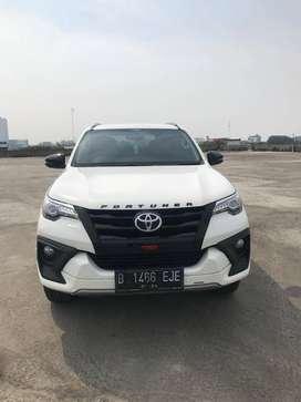 Toyota Fortuner 2.4 VRZ TRD 4x2 AT 2019