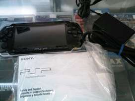 Psp Sony Series 3001 Size 8 GB Portable