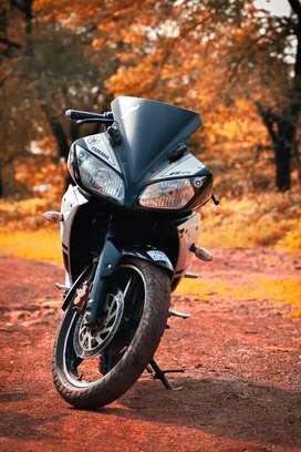 Yamaha R15v1