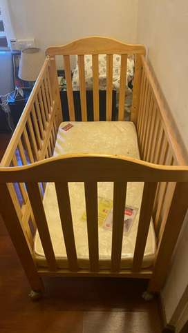 Baby Crib with bed