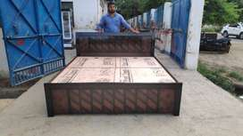 New wooden double bed with box