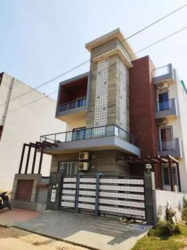 For Working Bachelors Spacious 3 bhk on Rent only