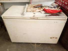 D fridge sale