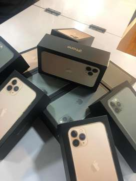 I PHONE 11 PRO AND 11 PRO MAX 64GB AVAILABLE GOLD COLOUR WARRANTY