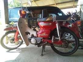 Motor Honda C70 Jadul Lengkap