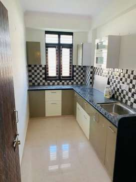 3 bhk fully furnished flat available for rent