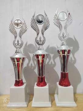 Piala Trophy BT 050S (Merah,Biru,Hijau)