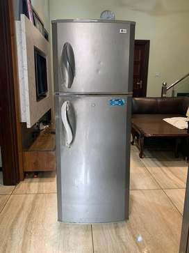 LG 295 Ltr FRIDGE in VERY GOOD CONDITION  - WORKING ABSOLUTELY FINE