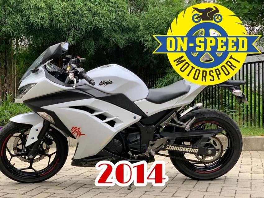 CASH CREDIT jual motor moge kawasaki ninja 250 fi 2014 putih low km 0