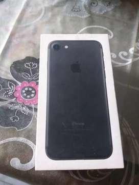I phone 7 32 GB in black