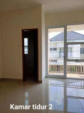 Dijual Rumah Siap Huni Dalam Cluster ,Di Cirendeu Lokasi Strategis