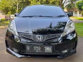 Honda Jazz RS thn 2012 matic hitam intr Bersih tanpa asap rokok