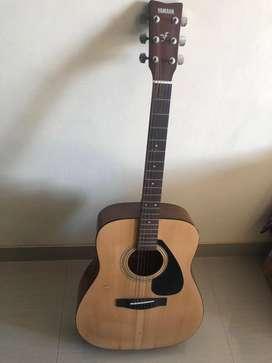 Gitar Yamaha F310 bekas