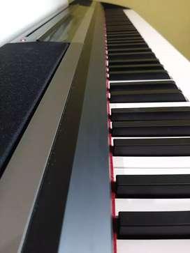 Digital Piano Korg SP-170