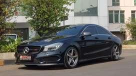 Mercedes Benz CLA200, 2014 Black On Black Seperti Baru
