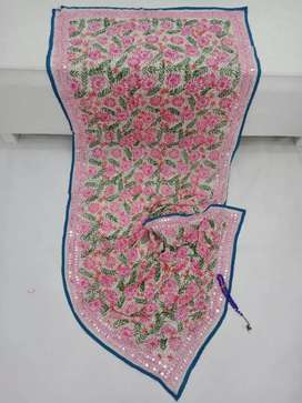 Ladies hand Embroidered suits de