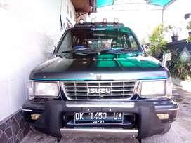 Mobil Panther Laksana Samurai