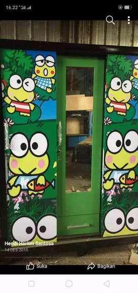 Lemari baju pakaian pintu 3 sleding gambar karakter gantung ambalan