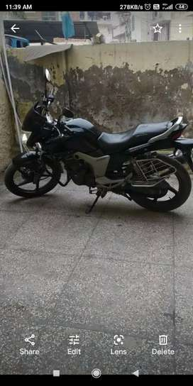 Want to sell bike, Hero Honda Hunk front disc. 32000 Km driven only.