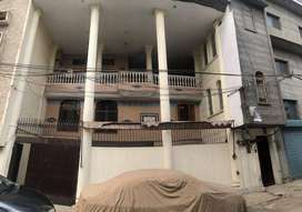 12 Marla 1st Floor for Rent 1 Large Hall + 4 large Rooms for Warehouse