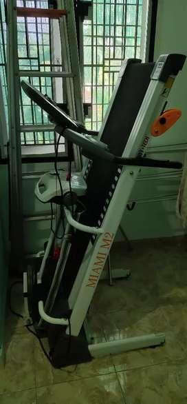 Dijual Tredmill elektrik Miami M2
