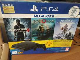 PS4 sleem console 1TB with 5 cd with 11month