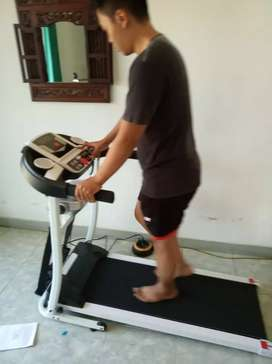Treadmill elektrik venice ( central olahraga official ) new item