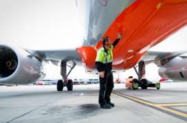 LOOKING FOR PASSENGER SERVICE STAFF – FRESHERS