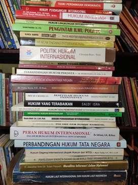 Membeli Buku Bekas