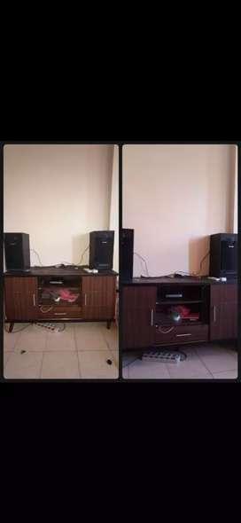Meja TV include DVD (polytron) dan 2 speaker (sharp)