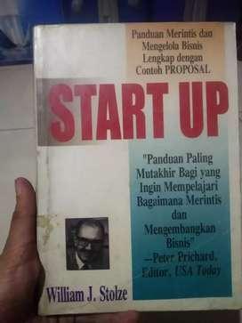 """Buku panduan merintis dan mengelola bisnis """"start up"""""""