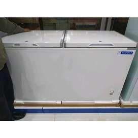 Brand new Blue star 500 L deep fridger