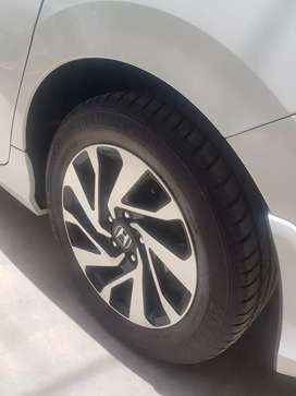 Slightly used tyres of civic 2018