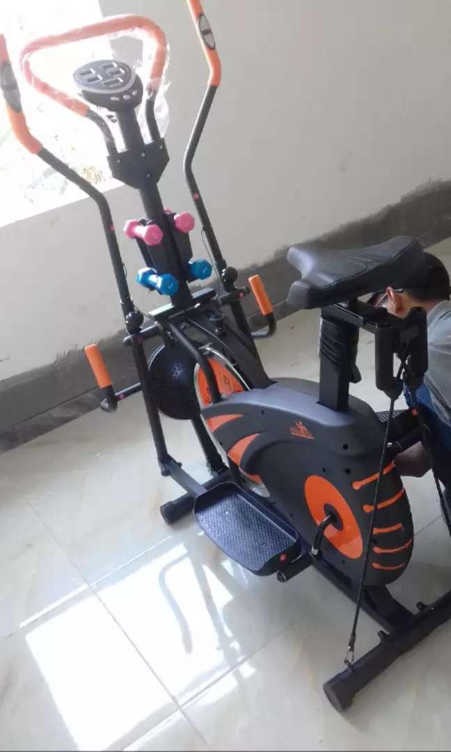 Sepeda statis trackfitt familly gressporty 0