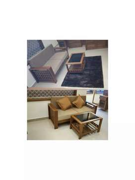 Sofa with Teapoy