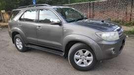 Toyota Fortuner 3.0 4x2 MT, 2010, Diesel