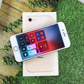 Iphone 8 64 GB Garansi resmi ibox garansi aktif