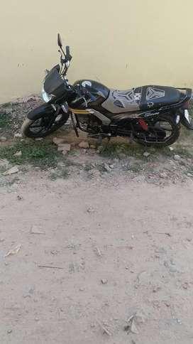Mahndra centuro bike