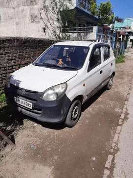 Good condition car and aligarh registered.