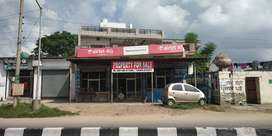 Commercial Showroom for sale with home