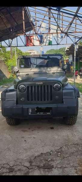 Jeep willys safari 2400cc