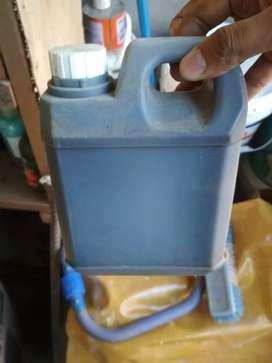 Aspal cair cocok buat tambal genteng talang air