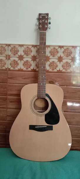 Yamaha f310 Acoustic Guitar Orignal 100% Made in Indonesia