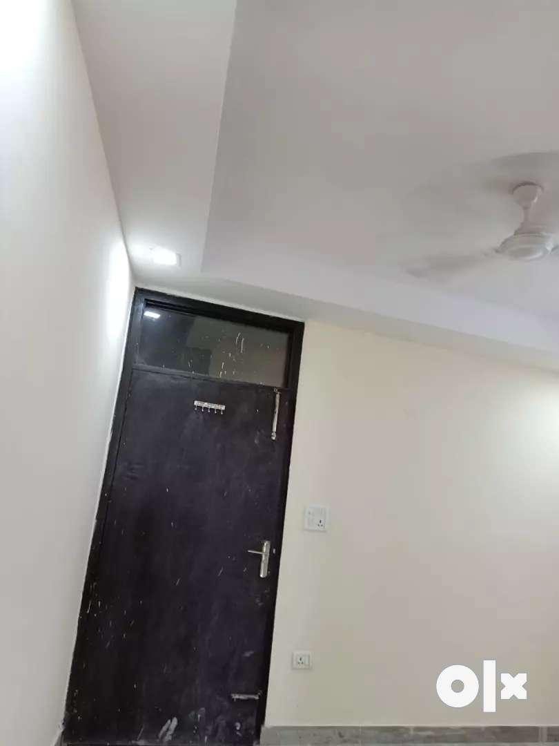1 room kitchen builder floor located in saket 0