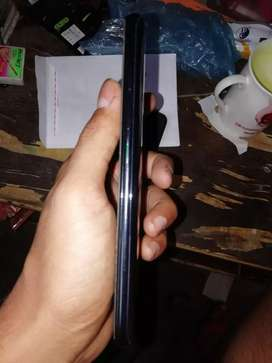Oppo reno 2z , 2 months old fully leminated with charger box bill
