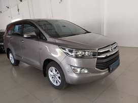 Toyota Innova Reborn V AT 2015/2016 Abu Abu