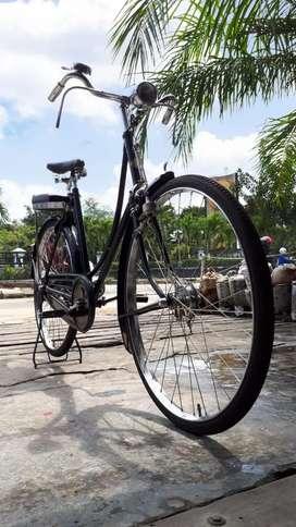 Sepeda Onthel koleksi pribadi sangat terawat