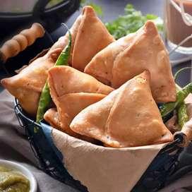 Shop per Samosa ,Bread pkoda, Bnane wala chahiye