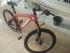 Dijual sepeda Pacipic Invert 100 bekas pemakaian 1 tahun